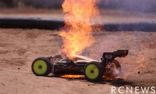 ep-8th-buggy-catches-fire-on-track