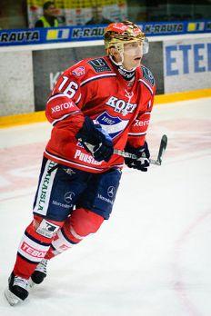 Ville Peltonen during his international playing career.