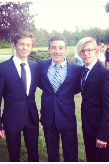 Aleksi (l) and Jesper (l) with a friend (center).