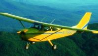 Students will learn to fly single-engine planes like this one (Photo: Adirondack Flying Service)